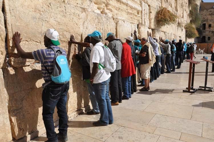 Nigeria+Pilgrims+at+Western+Wall