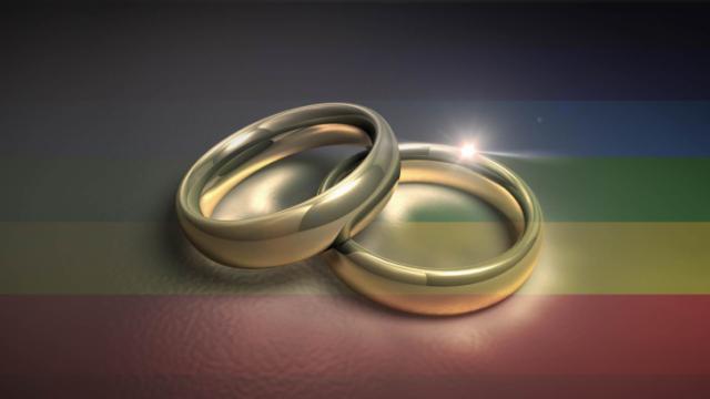61260-Marriage_Same_Sex-640x360